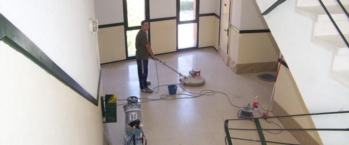 Como recuperar el brillo de un suelo de marmol y terrazo